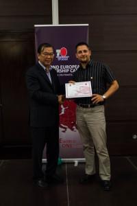 Dr. Lim adta át az emléklapot